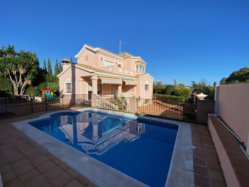 Detached Villa in Atalaya