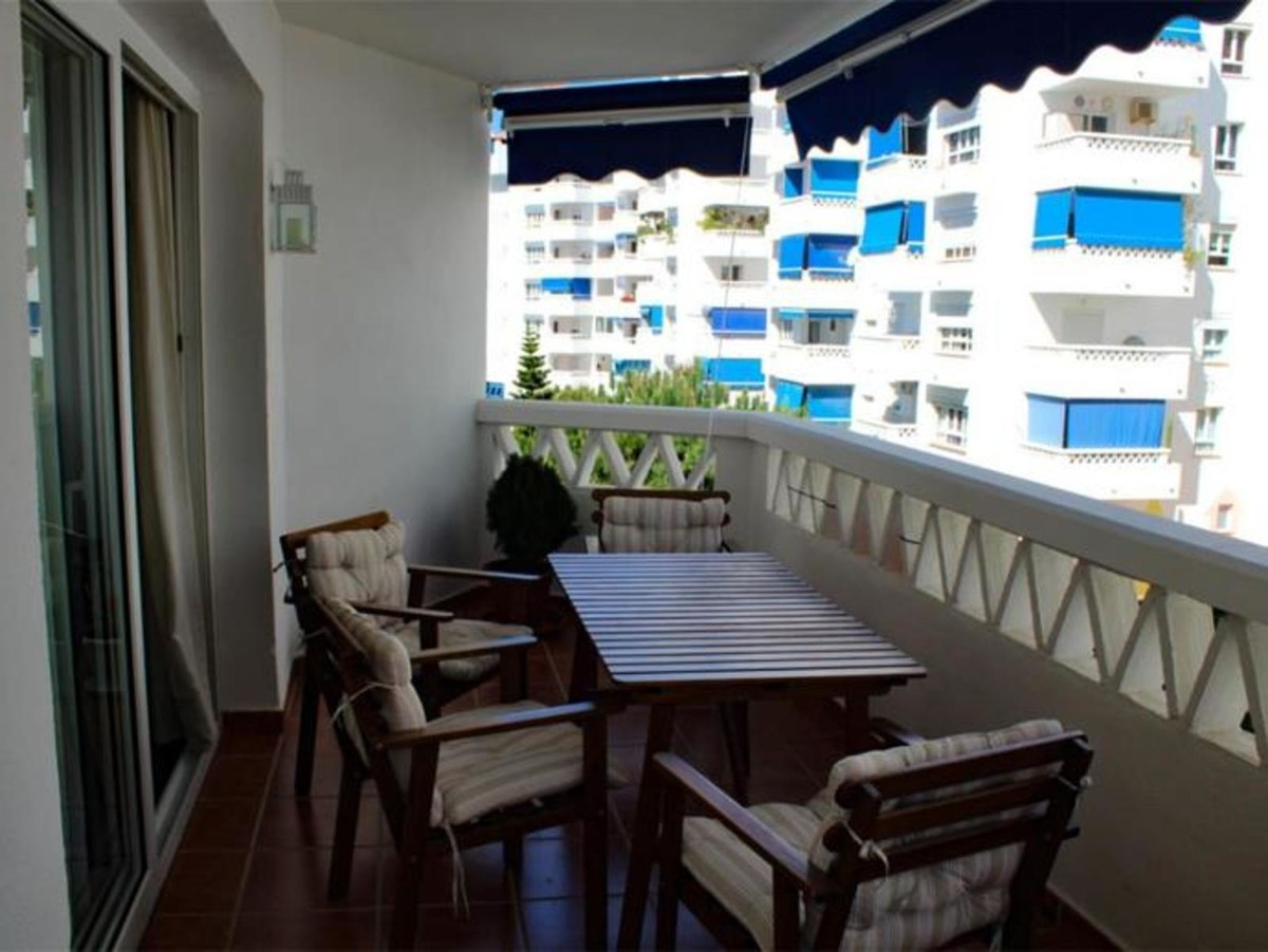 Fantastic apartment fully furnished, with equipped kitchen, 2 bedrooms, 2 bathrooms (1 en suite), 2 ,Spain