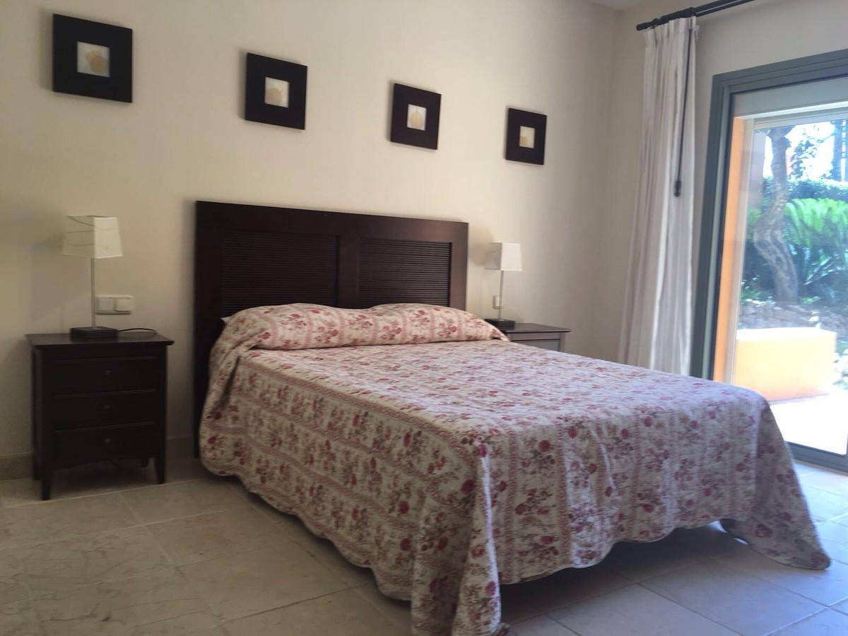 R2915519 | Ground Floor Apartment in Benahavís – € 435,000 – 3 beds, 2 baths