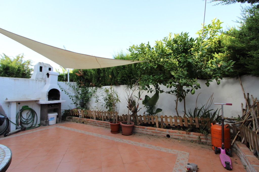 THE PROPERTY  Nice and very cozy ground floor apartment, with a large private patio very bright. The,Spain