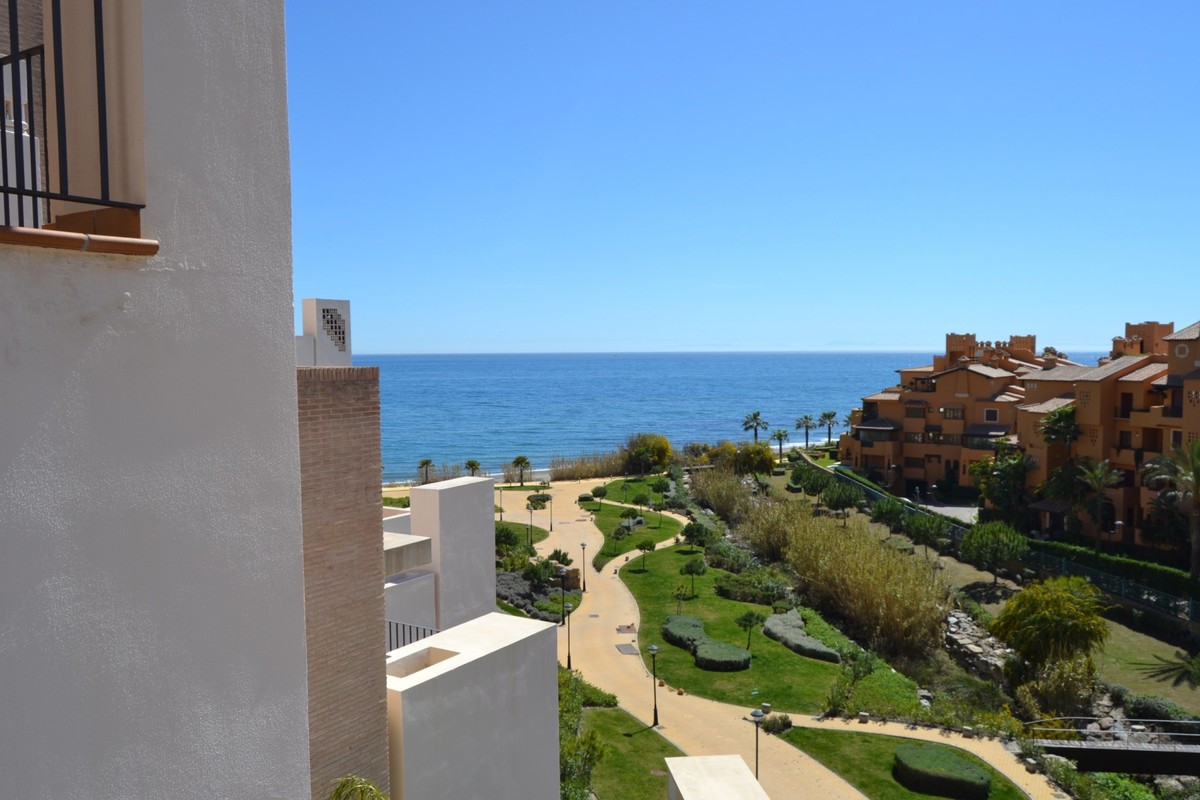 Ref:R3539248 Penthouse For Sale in Estepona