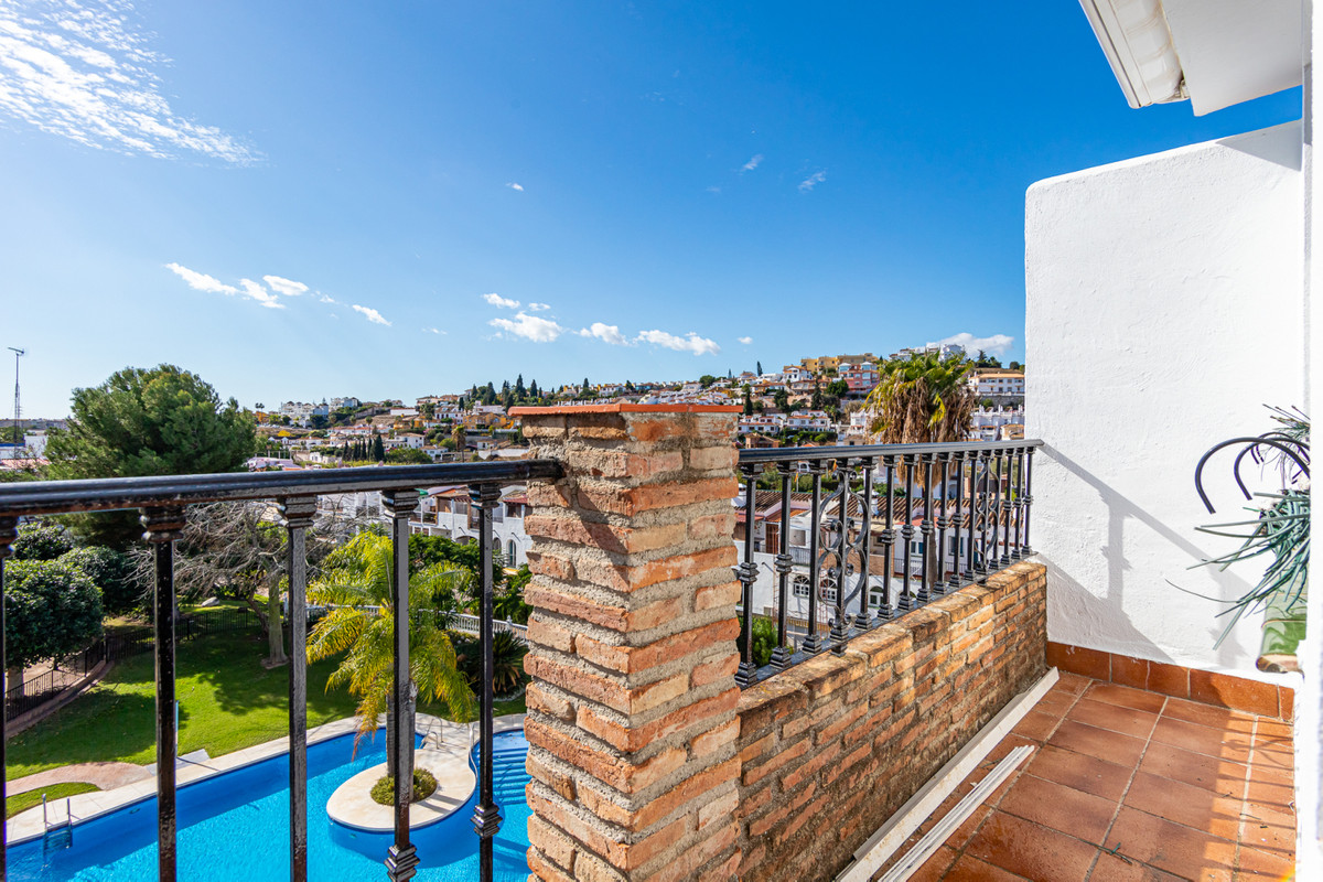 The property offers an exceptional location in one of the best areas of Mijas. This 213 meter built ,Spain