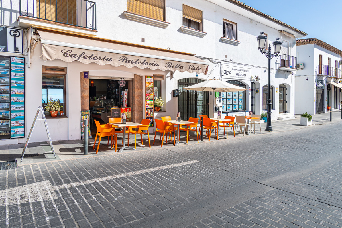 Wonderful premise located in one of the most picturesque villages, with more charm and with excellen,Spain