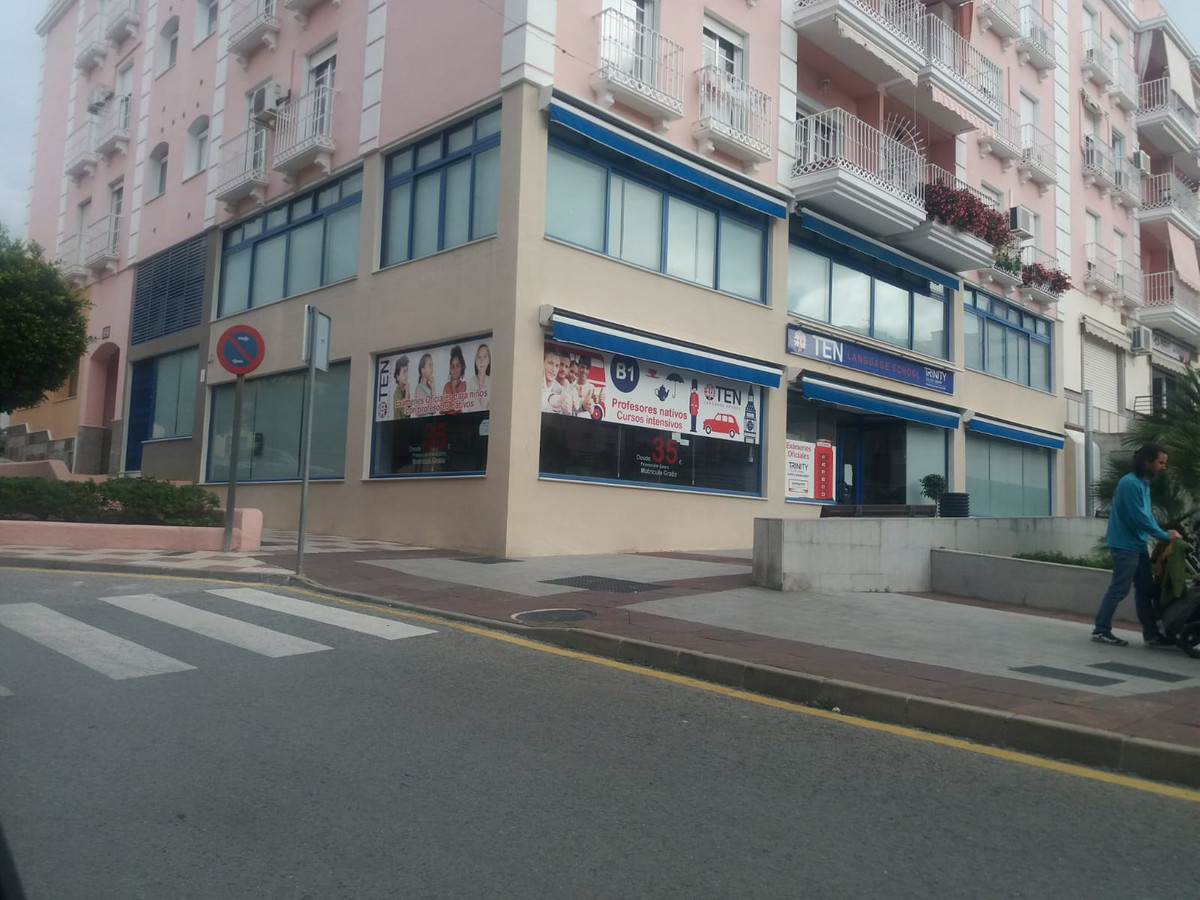 Commercial in Coín