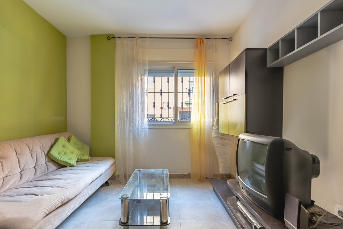 This beautiful apartment is located in a very quiet area, in an small building and very well maintai, Spain