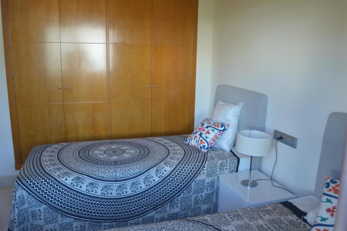 Apartamento Planta Media en Venta en Nueva Andalucía – R3610253