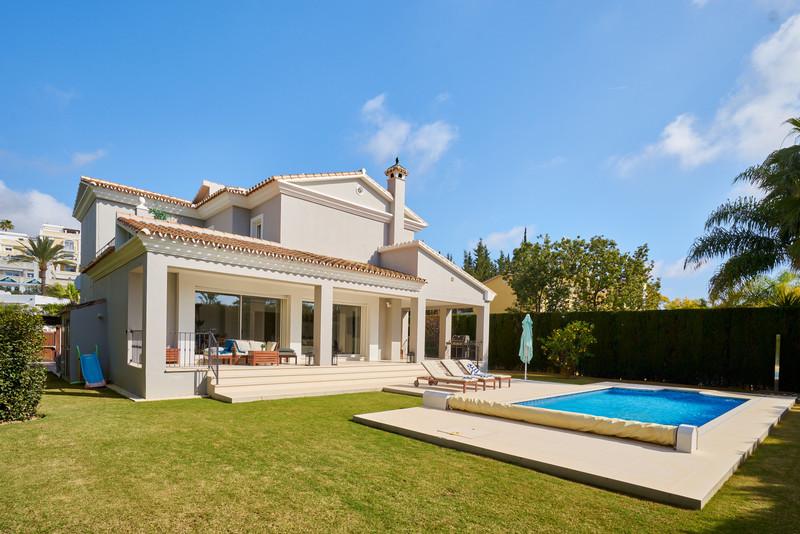 Detached Villa - Nueva Andalucía - R3607508 - mibgroup.es