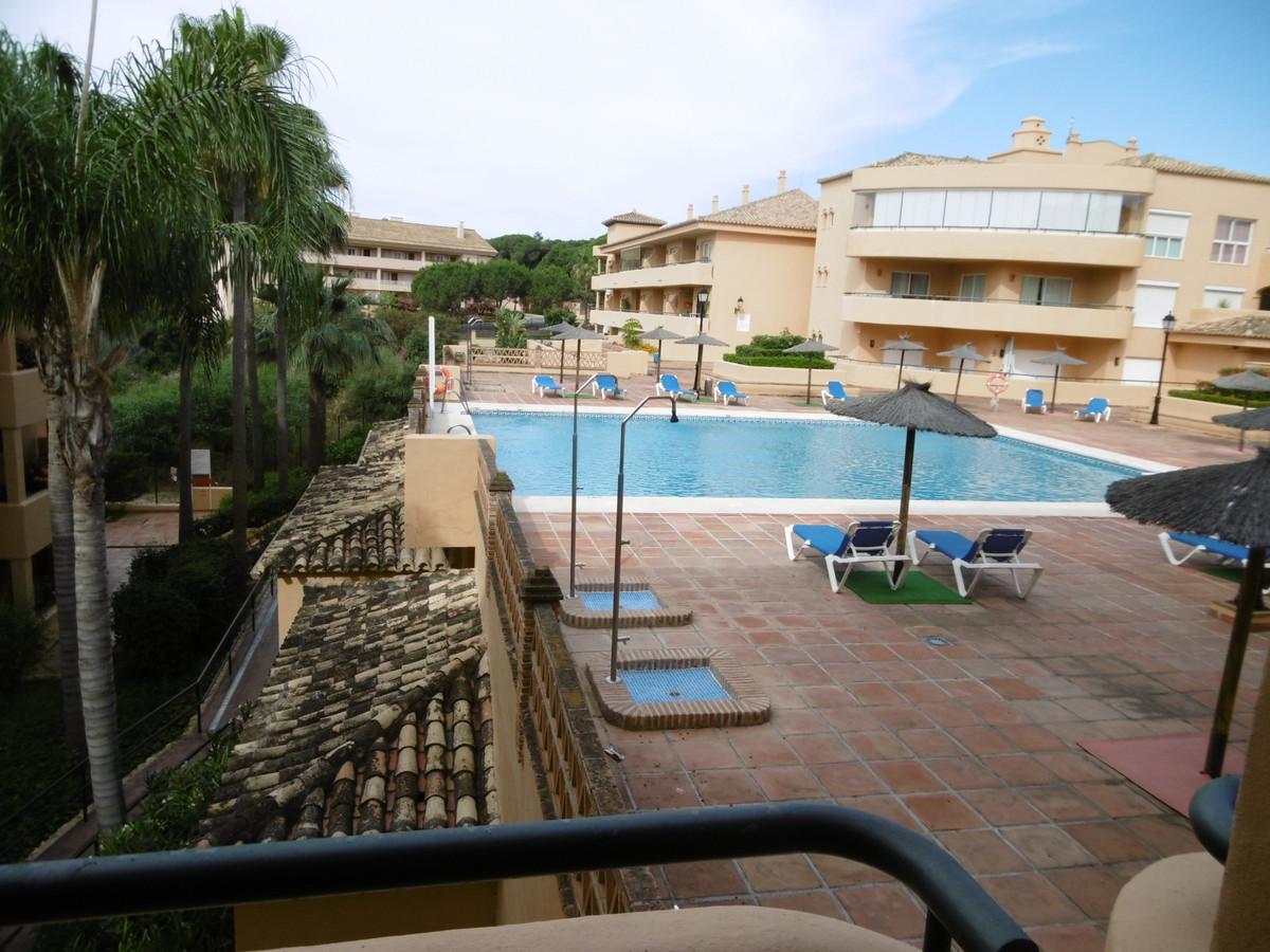 Marbella Banus Apartamento Planta Media en Venta en Elviria – R2927645