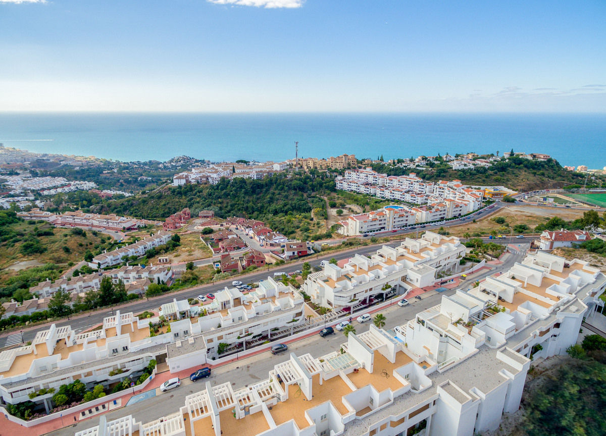 """""""Fantastic apartments for sale in Benalmadena, an area very well connected to the length and br,Spain"""