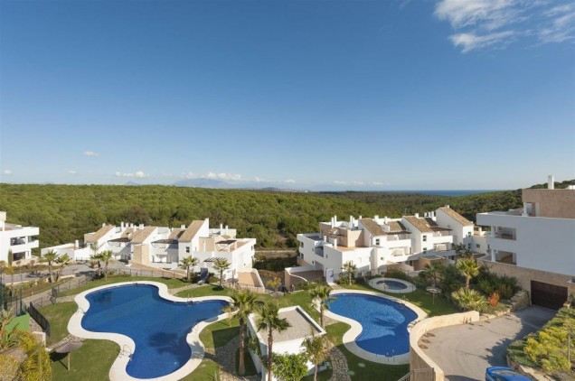 Elevated groundfloor apartment. Fully equiped 2 bedroom-, 2 bathroom apartment. Very nice kitchen, 2,Spain