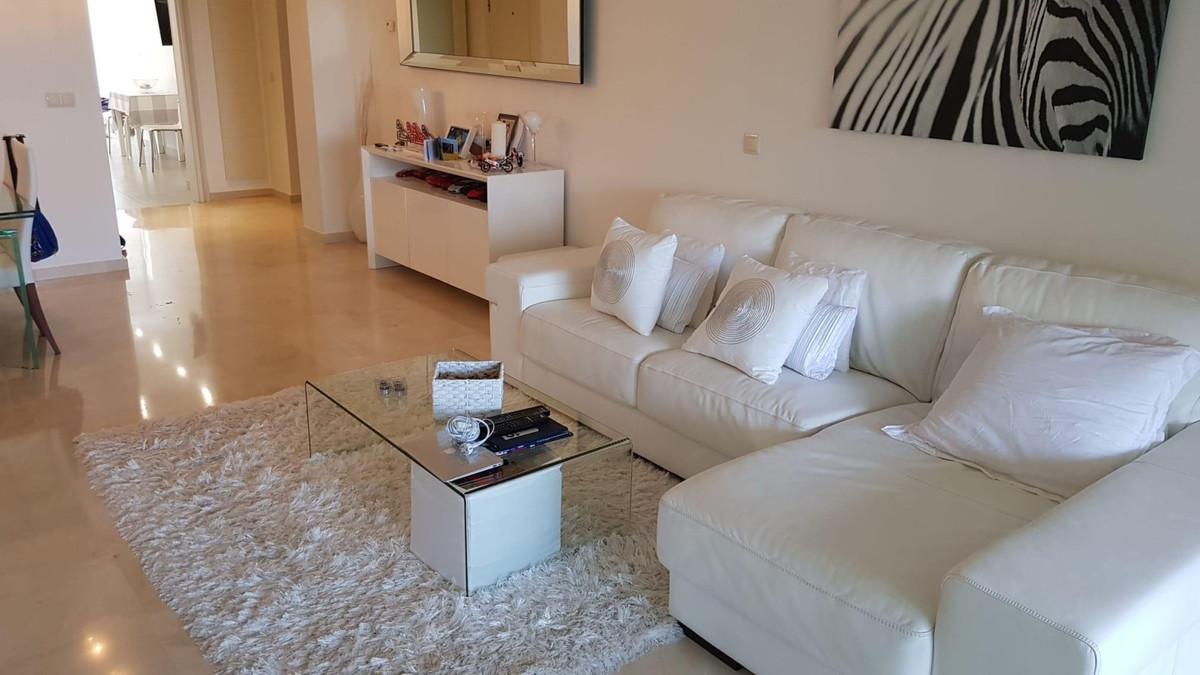 Apartamento Planta Baja en Venta en La Quinta – R3547948