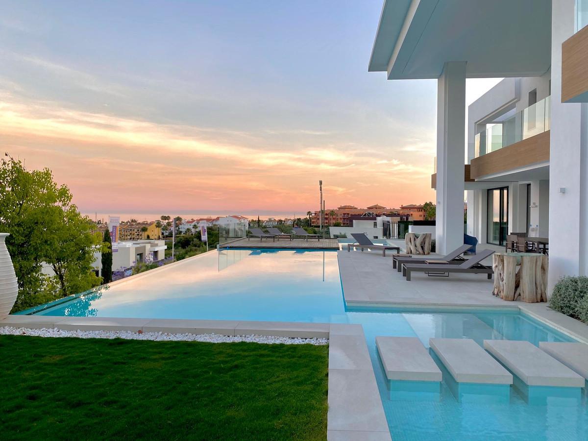 Detached Villa for sale in Los Flamingos R3648689