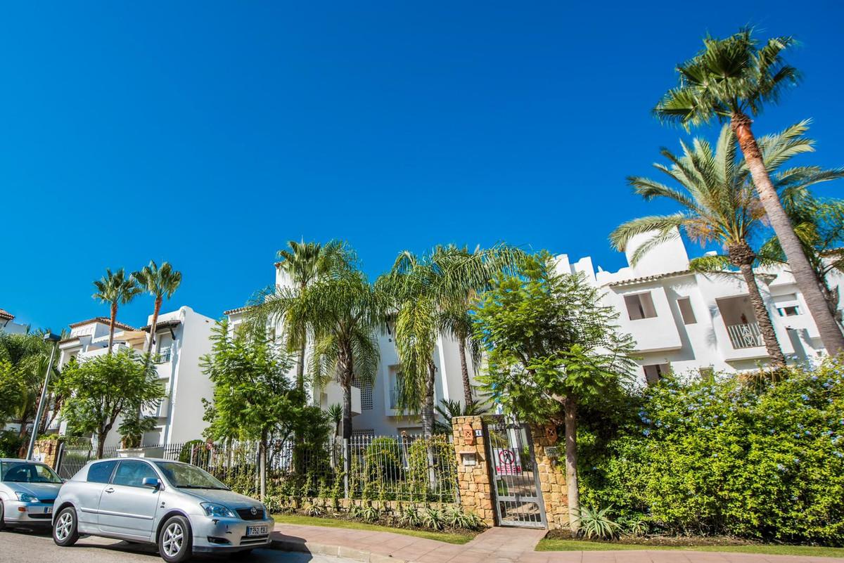 Marbella Banus Apartamento en Venta en Costalita – R3664487