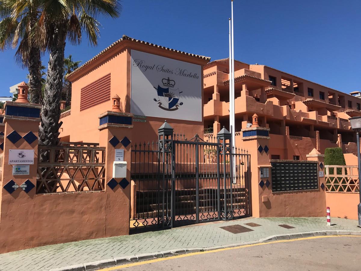 Marbella Banus Apartamento en Venta en El Paraiso – R3806371