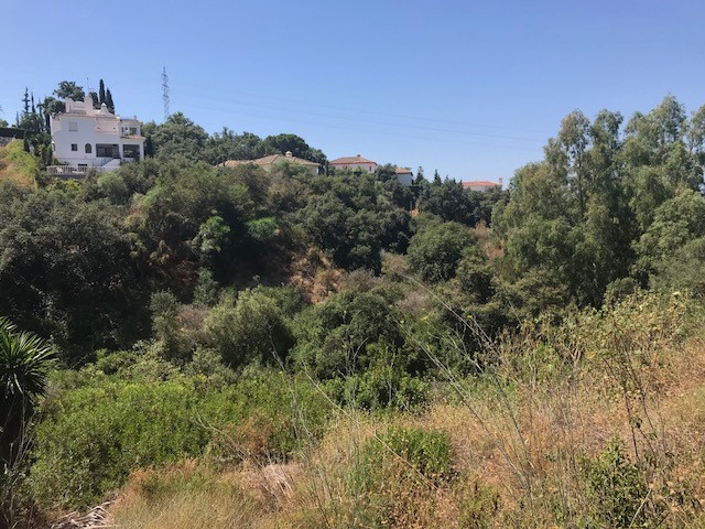 Situated in the green and peaceful urbanisation of Elviria, this plot is perfectly located to build ,Spain