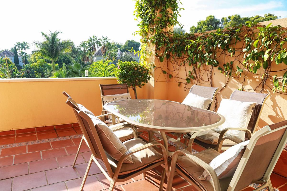 Apartamento en Venta en Puerto Banús – R3381460