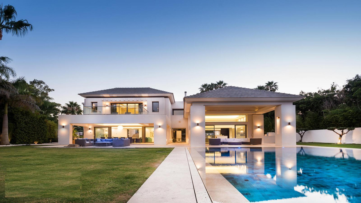 Villa with stunning modern design, attention to detail, high-quality materials and appliances. The p,Spain