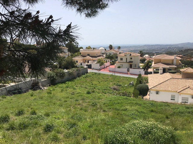 GREAT OPPORTUNITY!!! URB. BUENA VISTA. LAST 3 PLOTS URBANIZED WITH SEA VIEWS AND FUENGIROLA!!!  ZONA, Spain