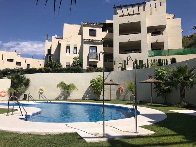 The Ribera Luar Estepona Selwo Set in Estepona, this apartment with a private terrace and garden 132,Spain