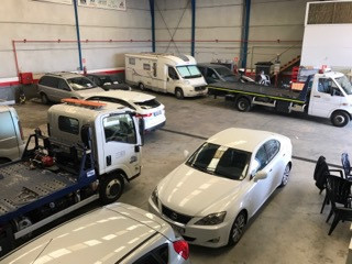 GRUA.  BUSINESS FOR SALE!  IS AVAILABLE THE FUNCTIONING WAREHOUSE FOR TOWED CARS. THERE ARE SIX VEHI, Spain