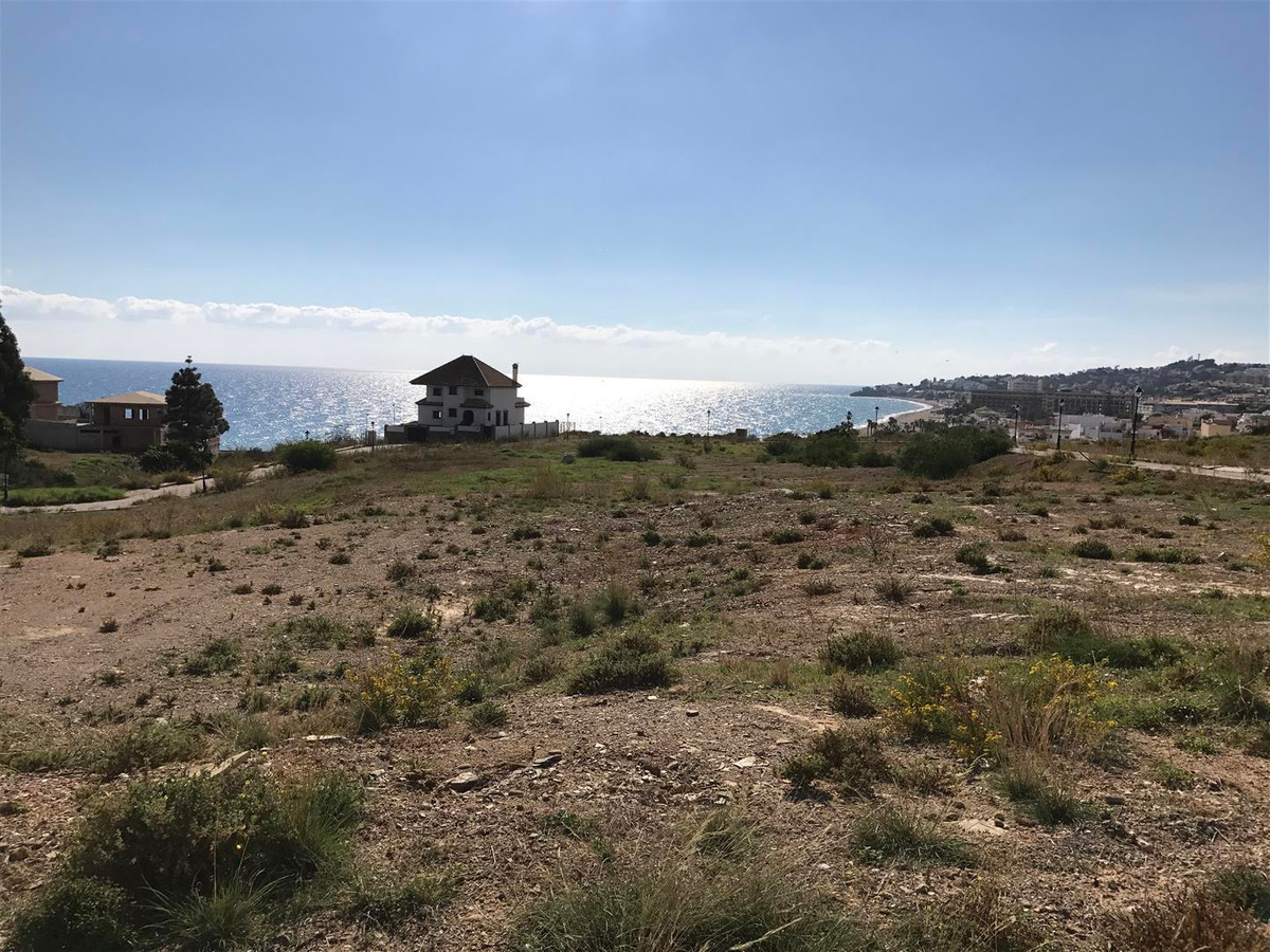 Excellent investment opportunity! - Plot with a project for sale in Los Claveles, Mijas Costa.  32 b,Spain