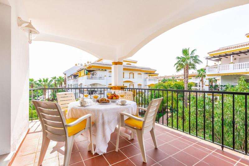 Apartamento Planta Media, Nueva Andalucía – R3531478