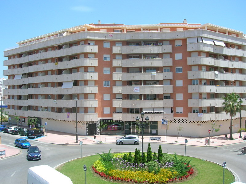2 Bedroom Apartment For Sale in Estepona Parque Central. An excellent opportunity to purchase in the,Spain