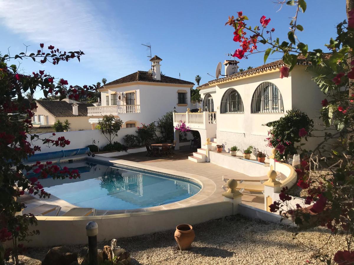 House - Estepona - R3556273 - mibgroup.es