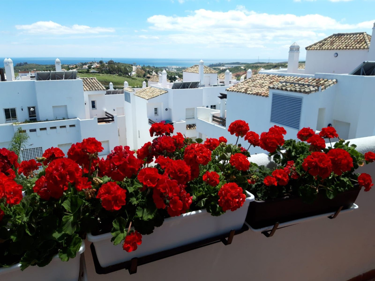 Fantastic 2 bedroom and 1 bathroom penthouse with solarium and stunning views towards the Mediterran,Spain