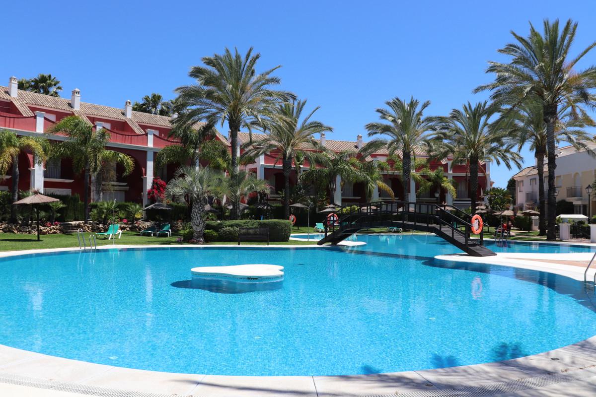 Marbella Banus Townhouse for Sale in Marbella Bay - R3426964