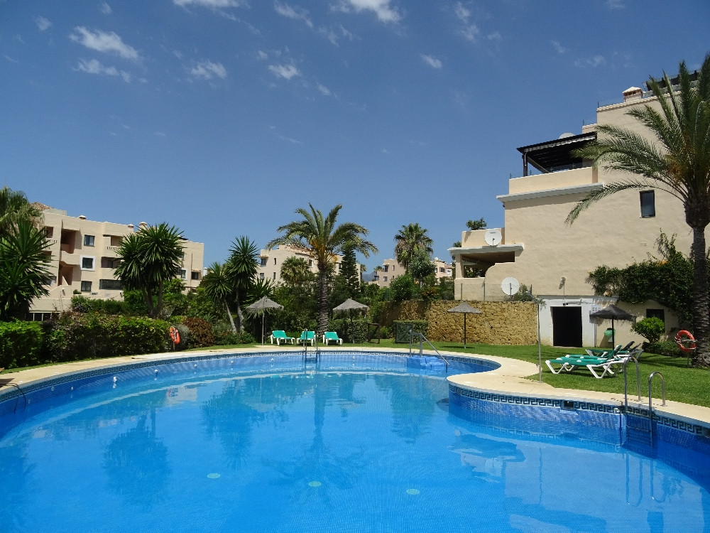 Ground floor apartment, within walking distance to the Elviria Commercial Centre and 5 minutes by ca,Spain