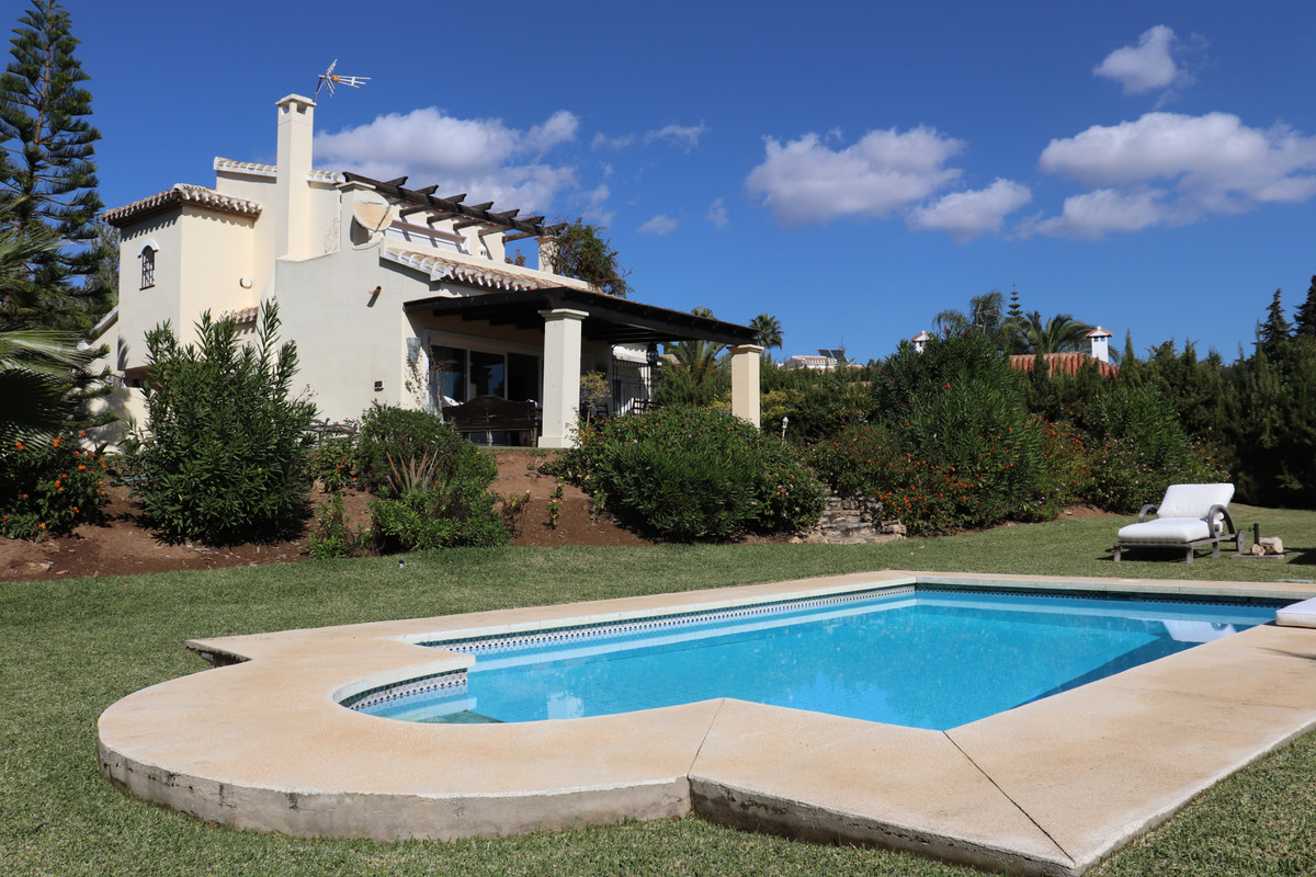 Charming, south facing villa very well located in residential Elviria. Built over 2 levels ground fl, Spain