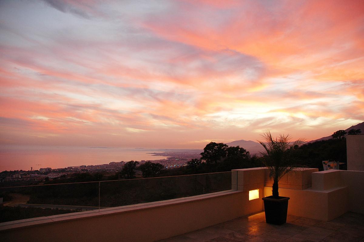 Marbella Banus Ático en Venta en Marbella – R3651974