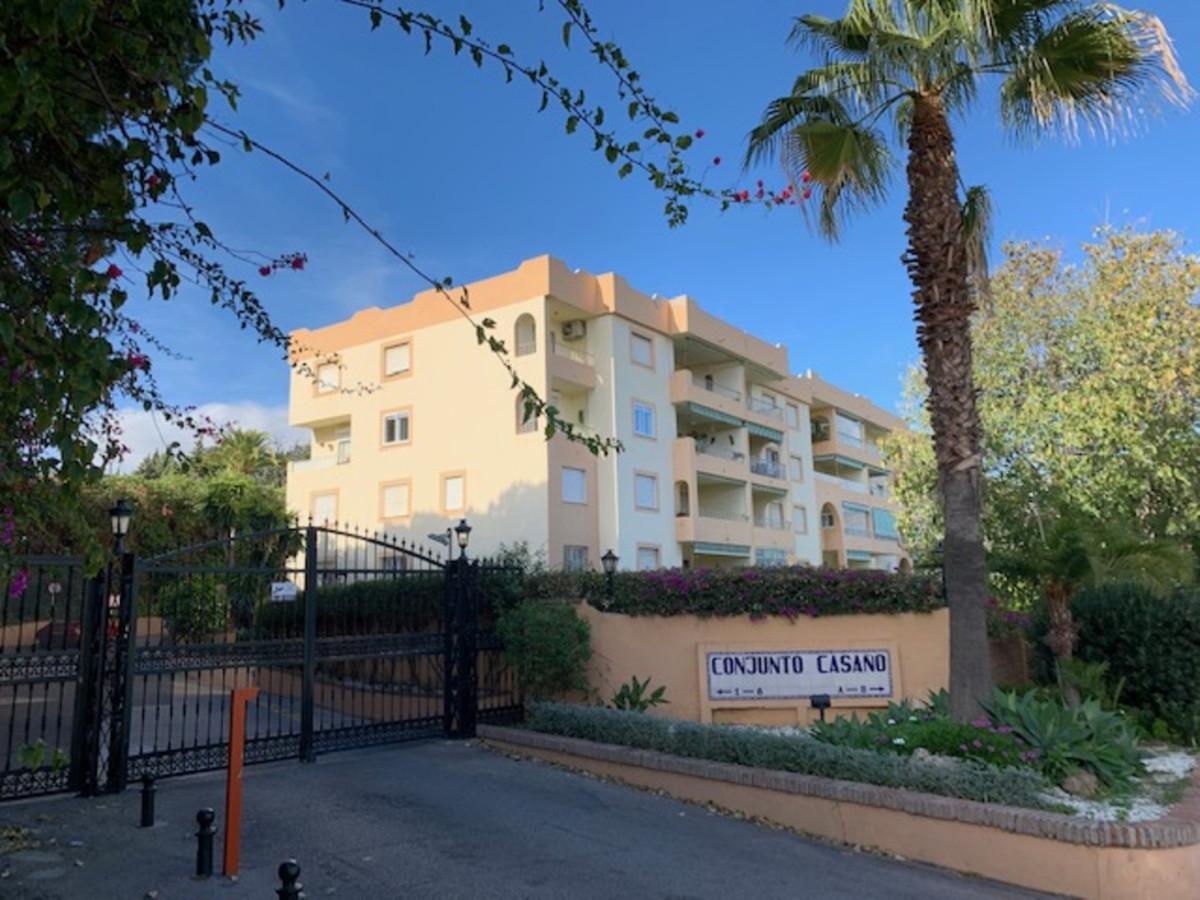 Marbella Banus Apartamento en Venta en Nueva Andalucía – R3561166