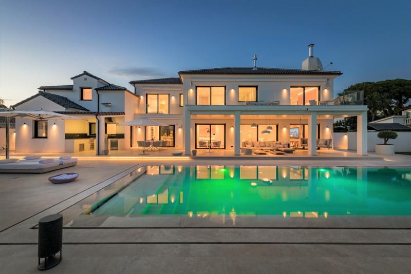 Marbella Banus Villa – Chalet en venta en The Golden Mile – R3304495