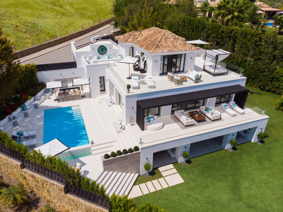 contemporary villa in the heart of nueva andalucia., located in proximity to los naranjos golf and l, Spain