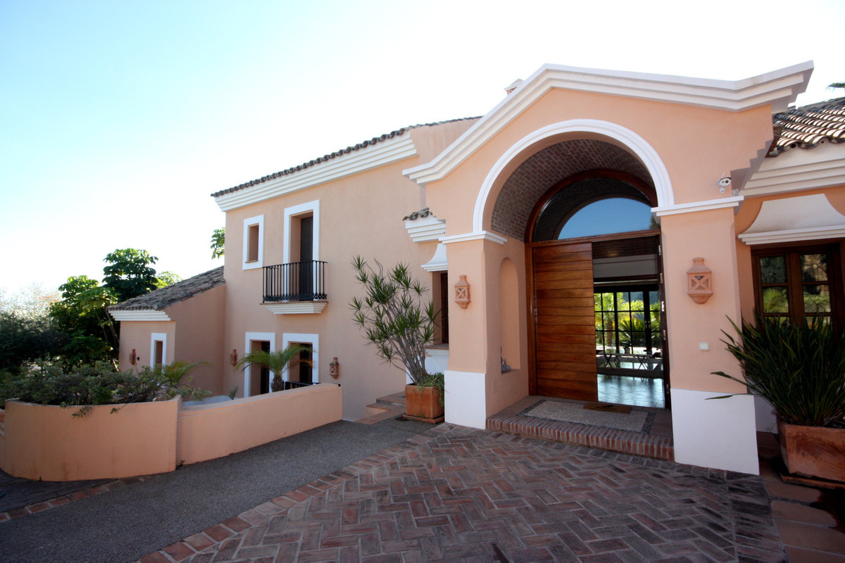 Villa 4 Dormitorios en Venta New Golden Mile