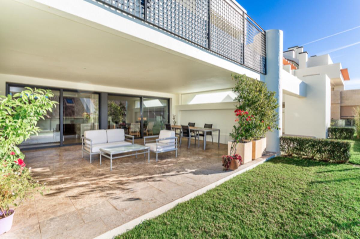Appartement  Rez-de-chaussée en vente   à Altos de los Monteros
