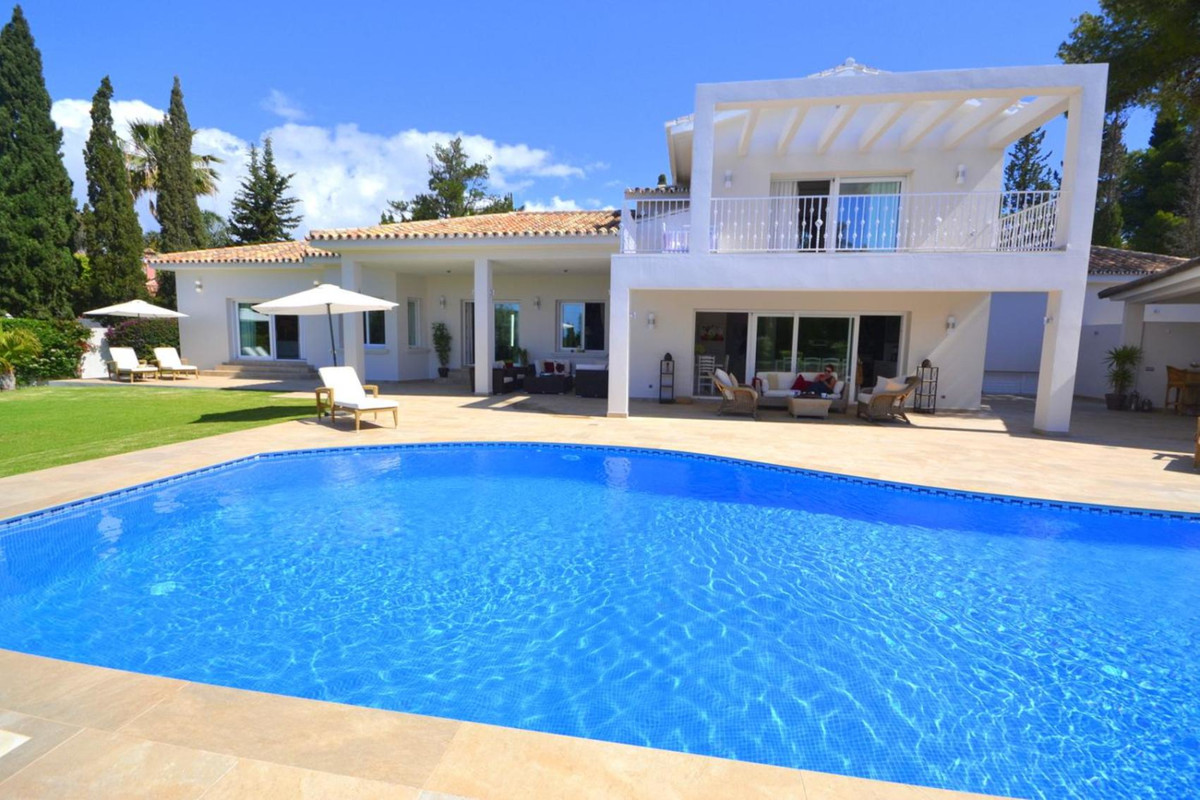 Detached Villa in El Rosario