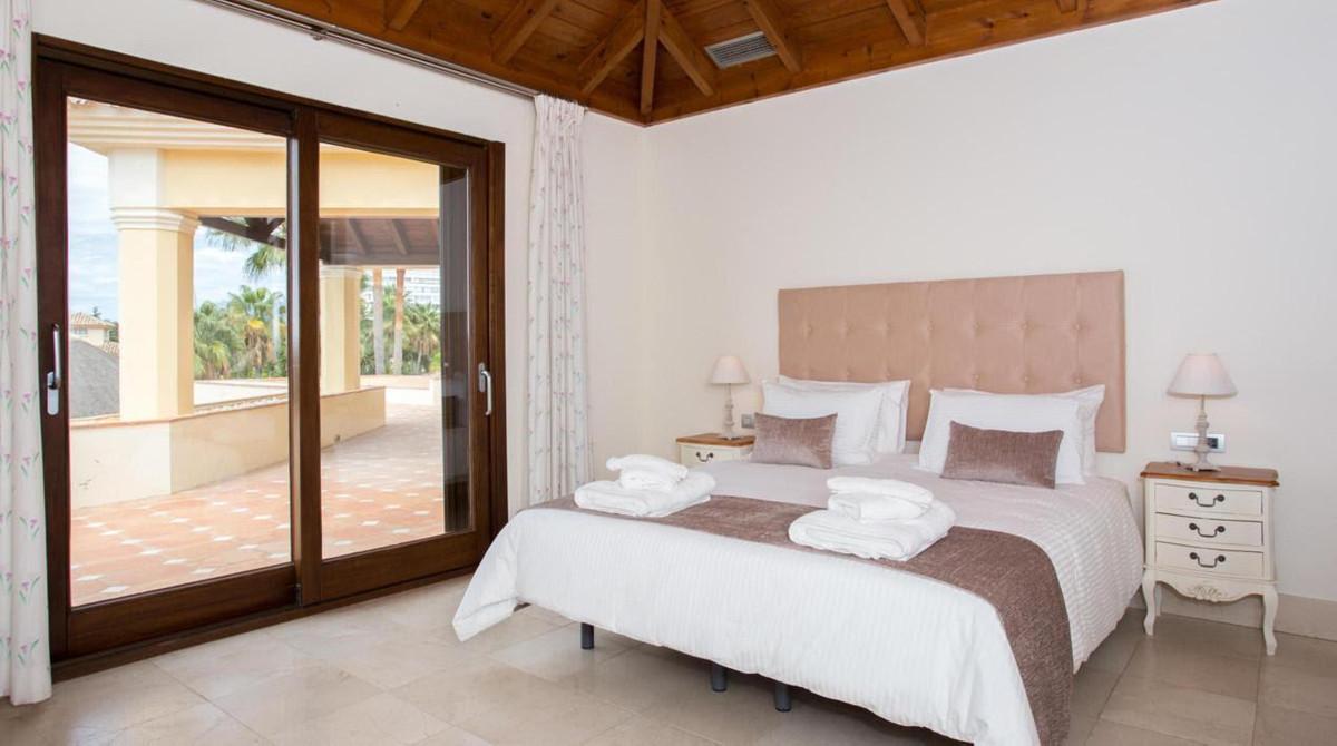 Villa – Chalet en Venta en El Rosario – R2605664