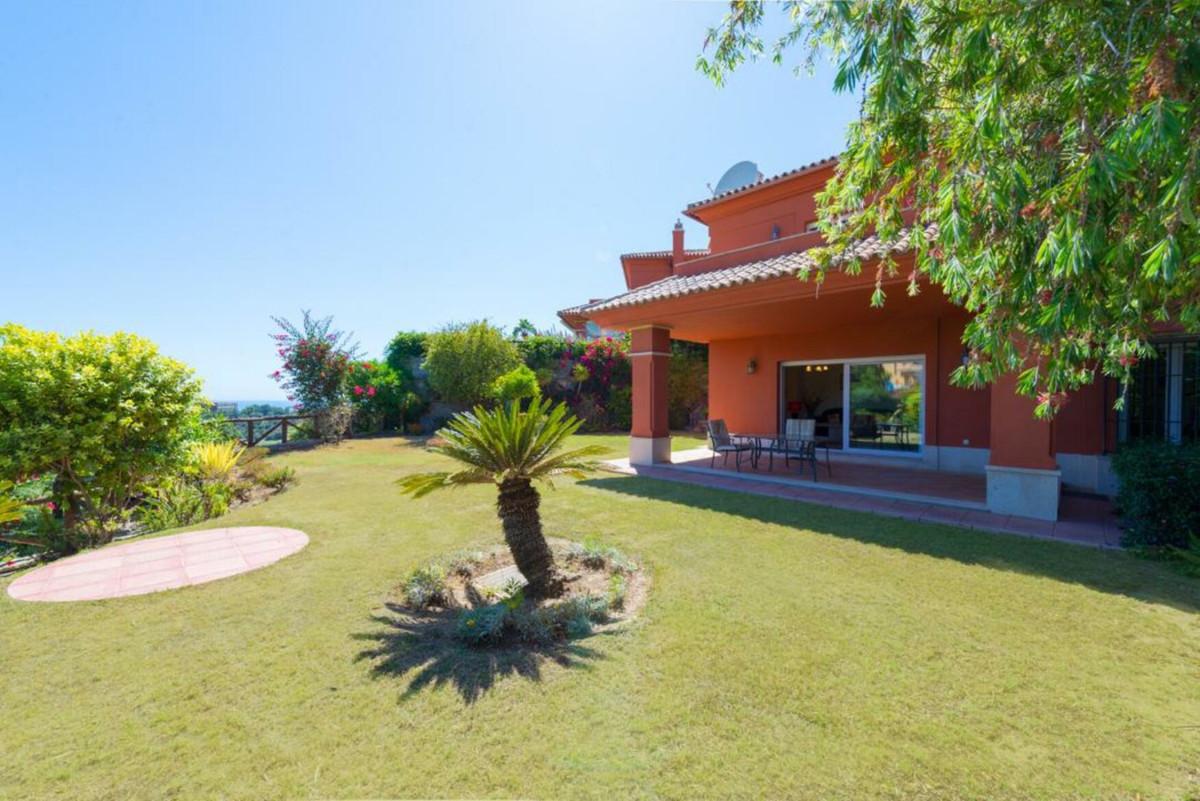 Marbella Banus Villa – Chalet en Venta en Santa Clara – R3452014