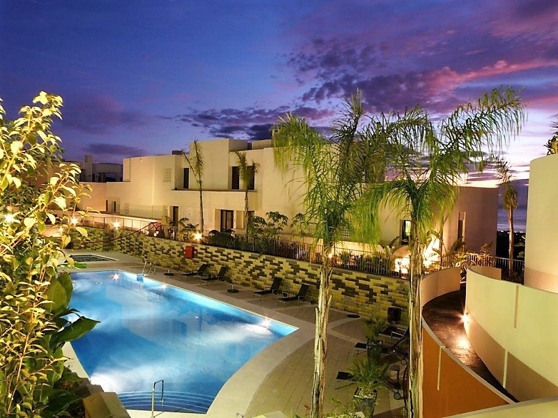 This luxury, modern style urbanisation is positioned with magnificent panoramic views over the coast,Spain
