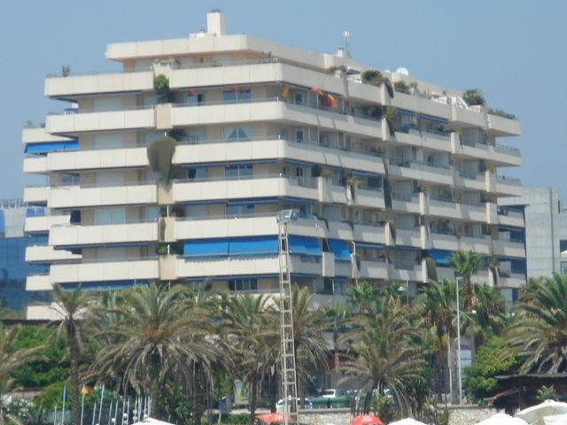 Apartment  Middle Floor for rent  in Puerto Banús