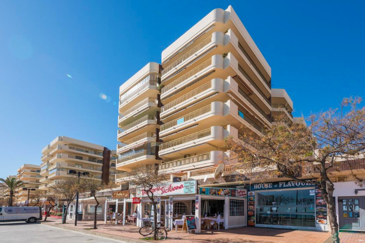 Unfurnished apartment of 195 m2 built, of which 140 m2 are interior and the rest of the terrace, als,Spain