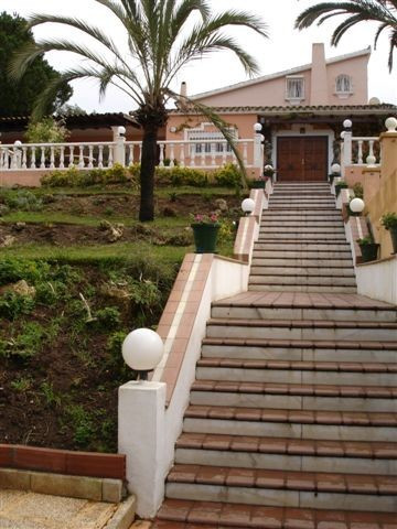 Large grounds of 2500m2 with padel tennis court, two swimming pools and BBQ area. There are two hous,Spain