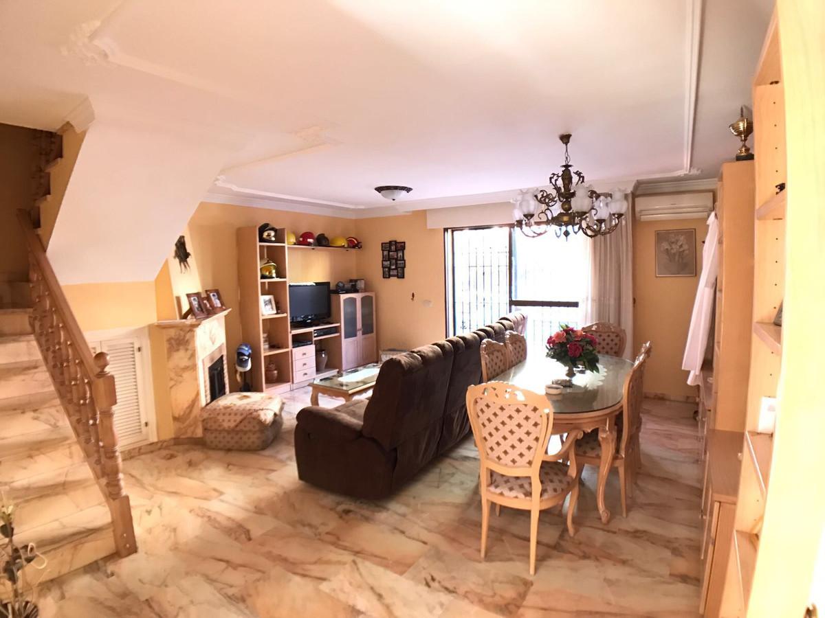 House - Marbella - R2886329 - mibgroup.es