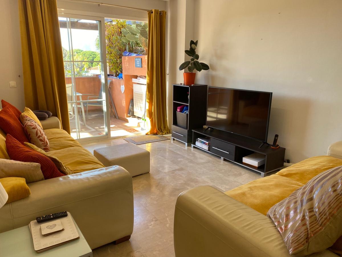 Apartamento en Venta en Elviria – R3101113