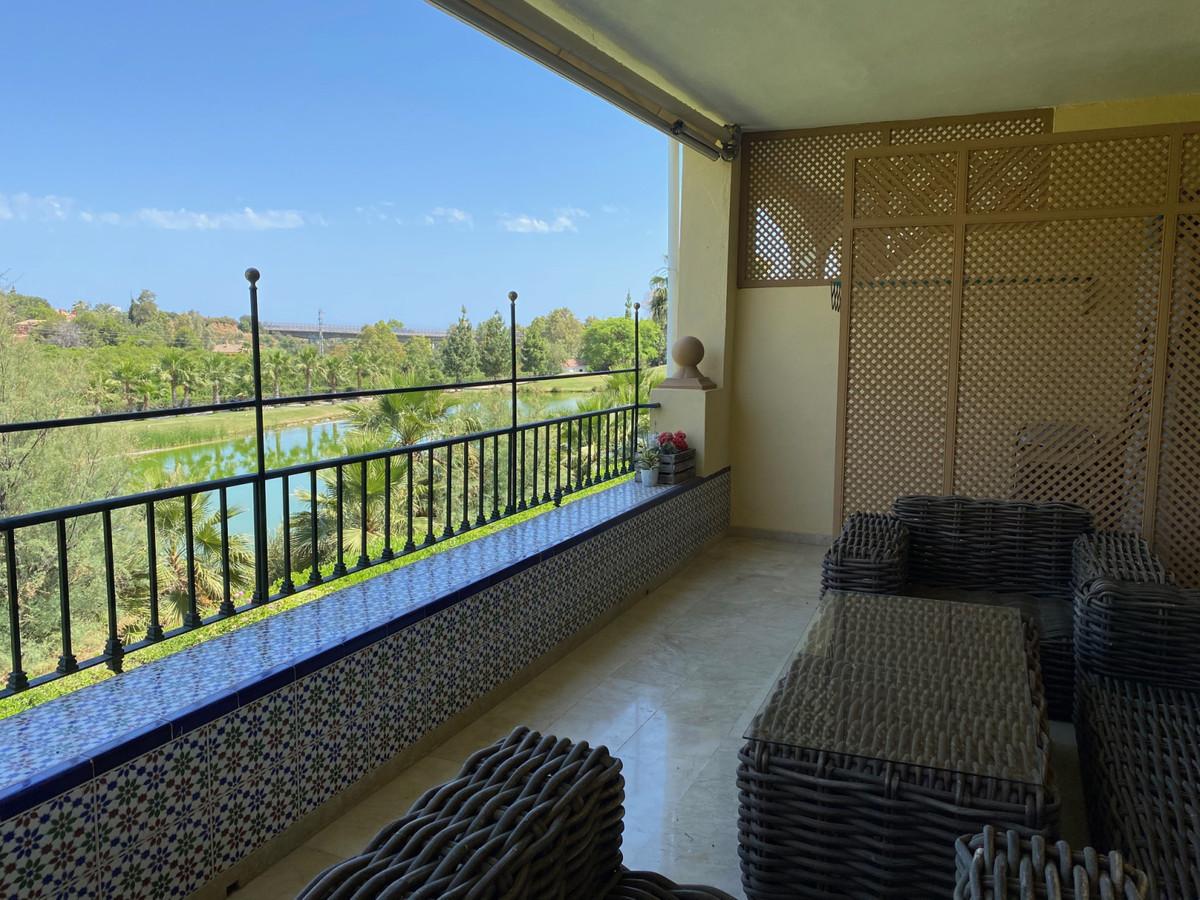 Apartamento  Planta Media en venta  y en alquiler   en La Quinta