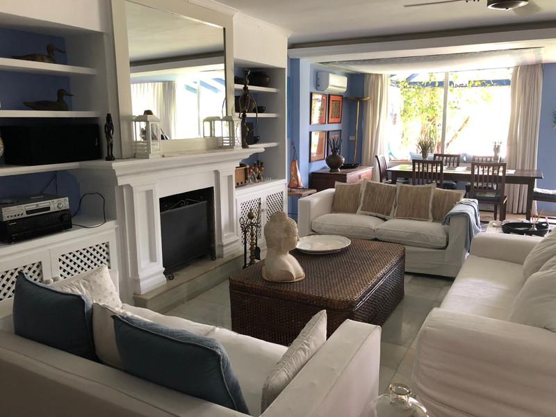 Jumelée à vendre, Puerto Banús – R2552975