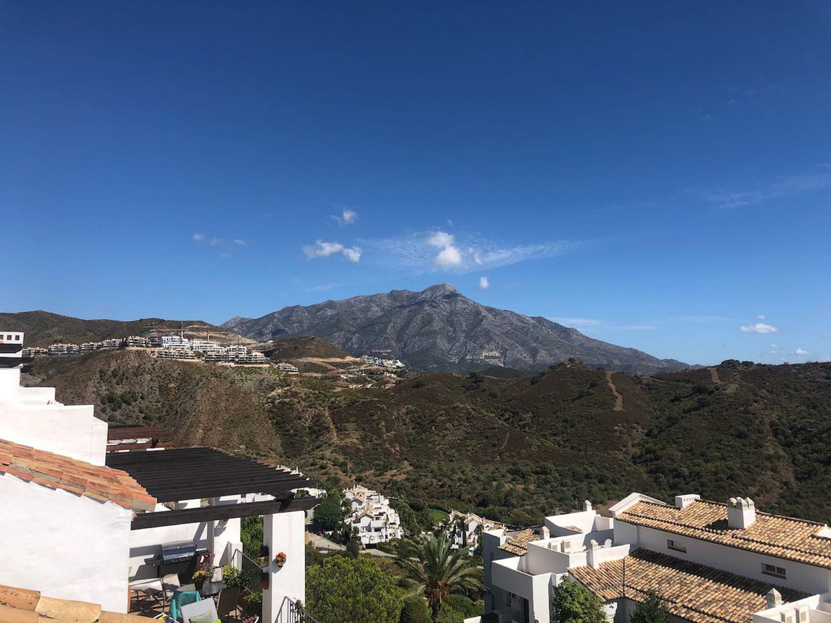 WELL WORTH VIEWING!  ALTOS DE LA QUINTA 11 - AMAZING PANORAMIC VIEWS -   3 Bed Duplex Penthouse with,Spain